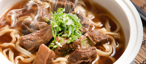 【復興空廚】總裁紅燒牛腩麵