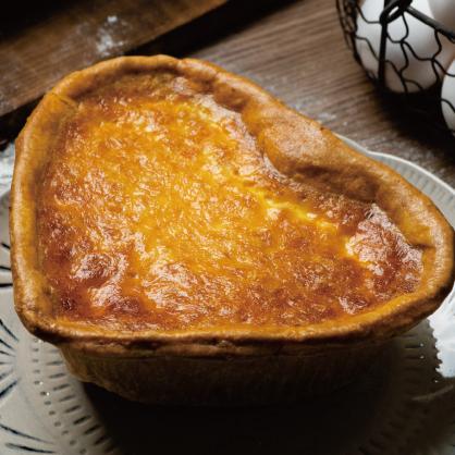 低糖紅豆鹹蛋黃派搭法式烤布蕾
