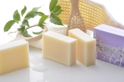 卸下─抹草淨身皂