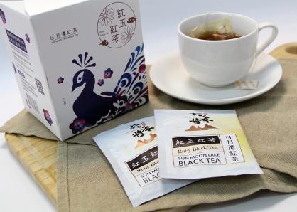 拾參村生態主題袋茶禮盒(紅玉紅茶15入)-孔雀