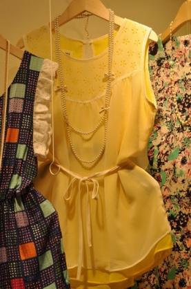韓國東大門 無袖圓領拼接女上衣 不含配飾