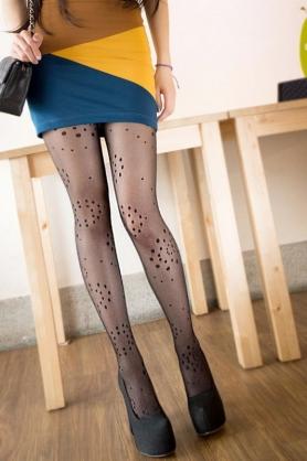 AMISS透膚感造型絲襪-幾何點點