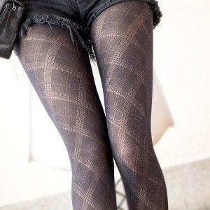 AMISS透膚感造型絲襪-大菱格紋