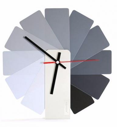 Transformer時鐘 (灰色扇葉/白色主體)