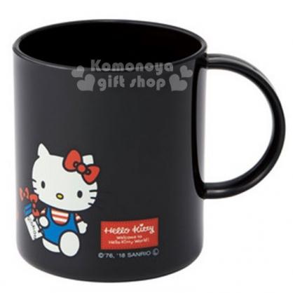 〔小禮堂〕Hello Kitty 日製塑膠小水杯《黑.站姿.提袋》240ml.漱口杯