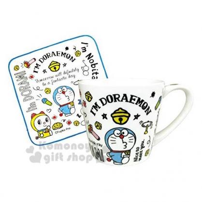 〔小禮堂〕哆啦A夢 陶瓷馬克杯方巾組《藍白.道具》咖啡杯.茶杯.精緻盒裝