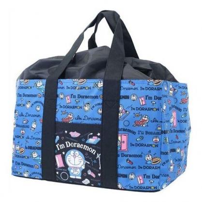〔小禮堂〕哆啦A夢 橫式尼龍束口保冷側背袋《深藍.拿竹蜻蜓》購物袋.肩背袋.野餐袋