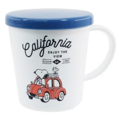 〔小禮堂〕史努比 日製單耳塑膠小水杯附蓋《藍白.紅車》300ml.漱口杯.茶杯