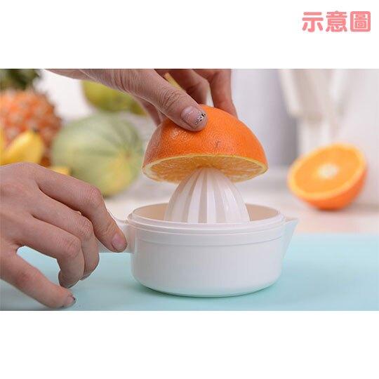 〔小禮堂〕日本INOMATA 日製圓形單耳塑膠檸檬榨汁器《白》壓汁器
