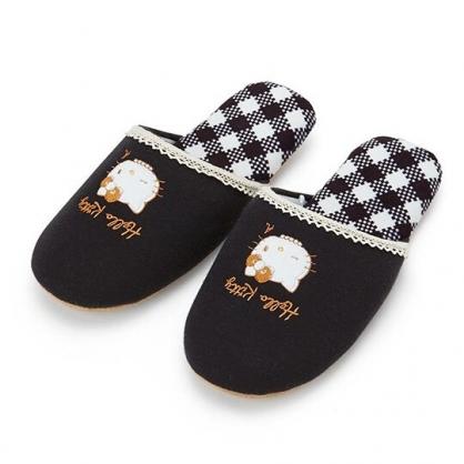 〔小禮堂〕Hello Kitty 蕾絲邊棉質室內拖鞋《黑.格紋》保暖拖.成人拖