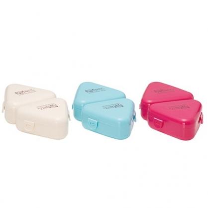 〔小禮堂〕山田化學 日製塑膠三角飯糰保鮮盒《2入.3款隨機》飯糰模具.便當盒.餐盒