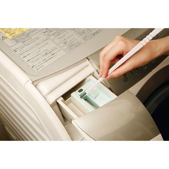 〔小禮堂〕日製洗衣機雙頭清潔刷附吸盤 《白》刷具.雙頭刷