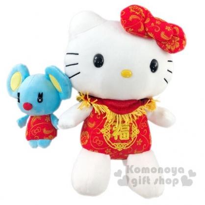〔小禮堂〕Hello Kitty 新年絨毛玩偶娃娃《M.紅連身褲》擺飾.玩具