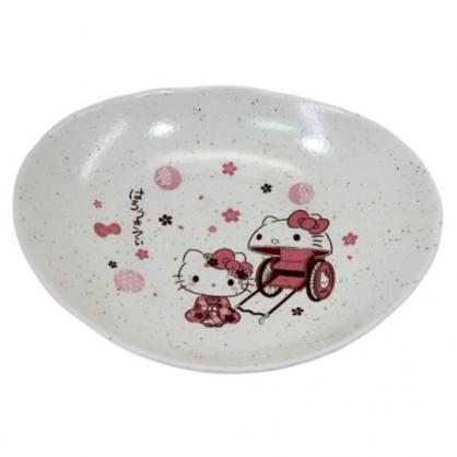 〔小禮堂〕Hello Kitty 日製橢圓陶瓷盤《粉白.人力車》點心盤.沙拉盤.金正陶器