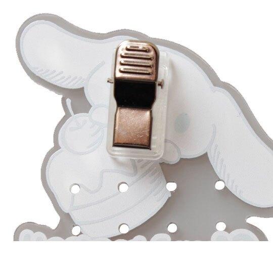 〔小禮堂〕大耳狗 日製造型透明壓克力耳環收納夾《藍白.蛋糕》塑膠夾子.髮飾收納夾