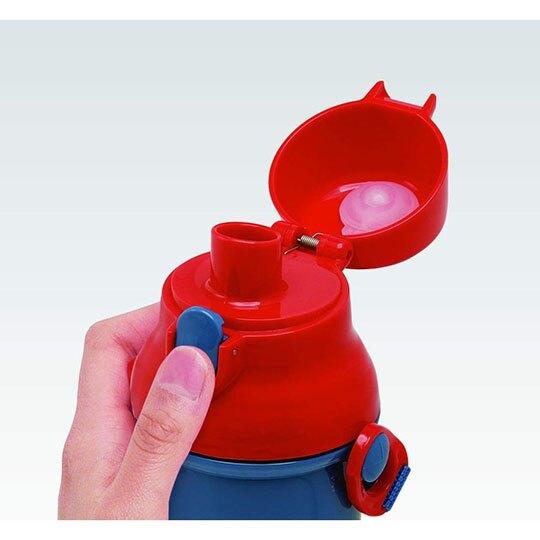 〔小禮堂〕漫威英雄Marvel 蜘蛛人 日製直飲式水壺附背帶《藍紅.大樓》480ml.水瓶.兒童水壺