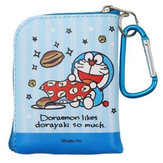 〔小禮堂〕哆啦A夢 迷你方形皮質拉鍊零錢包《藍白.站姿》掛飾.收納包.耳機包