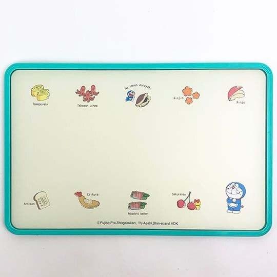 〔小禮堂〕哆啦A夢 日製塑膠方形砧板《米綠.炒菜》菜砧.切菜板
