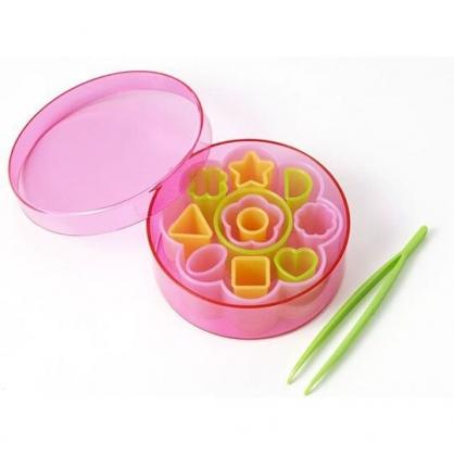 〔小禮堂〕日本TORUNE 造型塑膠食物壓模組《粉綠.花朵》模型.蔬菜壓模.烘培模具
