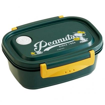 〔小禮堂〕史努比 日製輕量方形雙面扣便當盒《深綠.打棒球》550ml.保鮮盒.食物盒