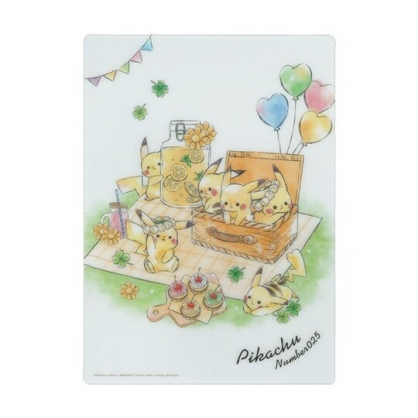 〔小禮堂〕神奇寶貝Pokemon皮卡丘 日製透明硬墊板《B5.白綠.野餐》學童文具.桌墊
