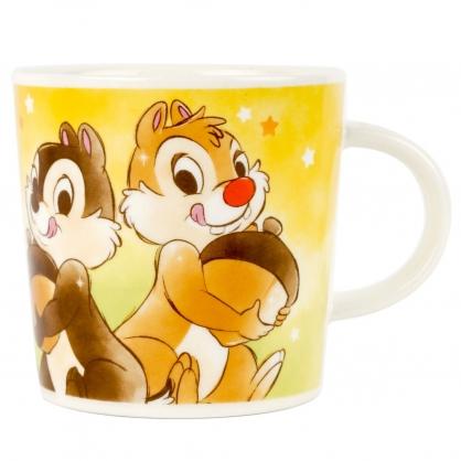 小禮堂 迪士尼 奇奇蒂蒂 馬克杯 陶瓷杯 咖啡杯 茶杯 水杯 250ml (棕黃 抱松果)