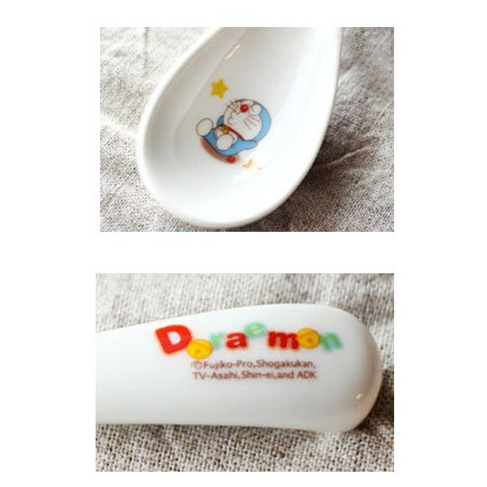 小禮堂 哆啦A夢 日製 陶瓷湯匙 調羹 平匙 兒童餐具 金正陶器 (白 睡覺)