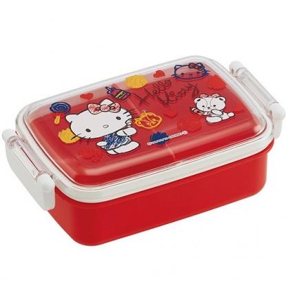 小禮堂 Hello Kitty 日製 便當盒 透明蓋 方形塑膠 雙扣 餐盒 保鮮盒 450ml (紅 塗鴉)