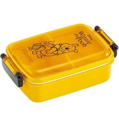 小禮堂 迪士尼 小熊維尼 日製 便當盒 透明蓋 方形塑膠 雙扣 餐盒 保鮮盒 450ml (黃 站姿)