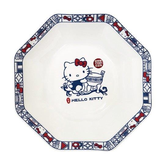 小禮堂 Hello Kitty x 故宮博物院  陶瓷盤 八角盤 深盤 菜盤 沙拉盤 點心盤 (藍白)