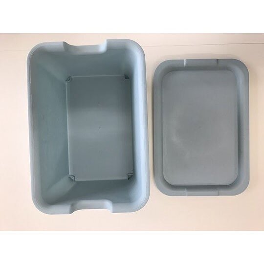 小禮堂 山田化學 日製 方形拿蓋收納箱 塑膠收納箱 玩具箱 可堆疊 (淺藍)