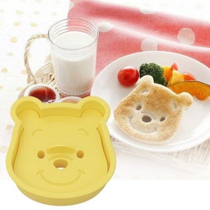 小禮堂 迪士尼 小熊維尼 日製 大臉造型吐司壓模 餅乾模具 三明治壓模 (黃)