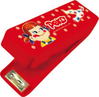 小禮堂 不二家PEKO 隨身釘書機 裝訂機 迷你釘書機 (紅 糖果)