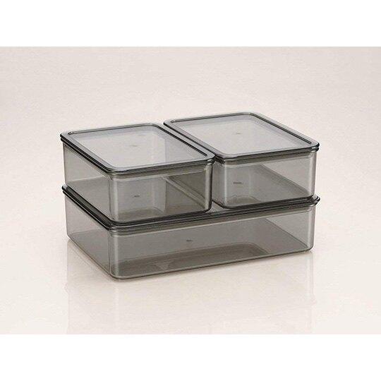 小禮堂 Hello Kitty 日製 方形塑膠保鮮盒 透明保鮮盒 微波便當盒 440ml (綠 側坐)
