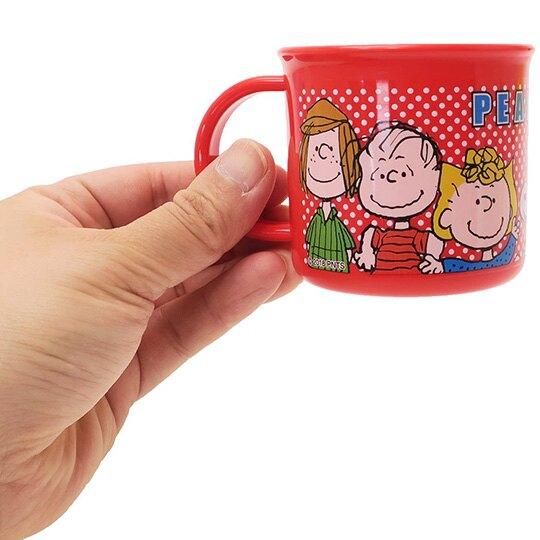 小禮堂 史努比 日製 單耳塑膠杯 兒童水杯 漱口杯 200ml (紅 點點)