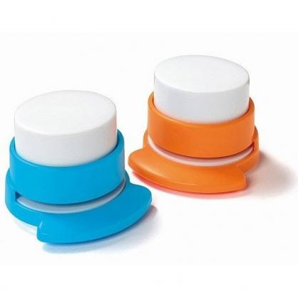 小禮堂 圓形無針釘書機 免針釘書機 裝訂機 (2款隨機)
