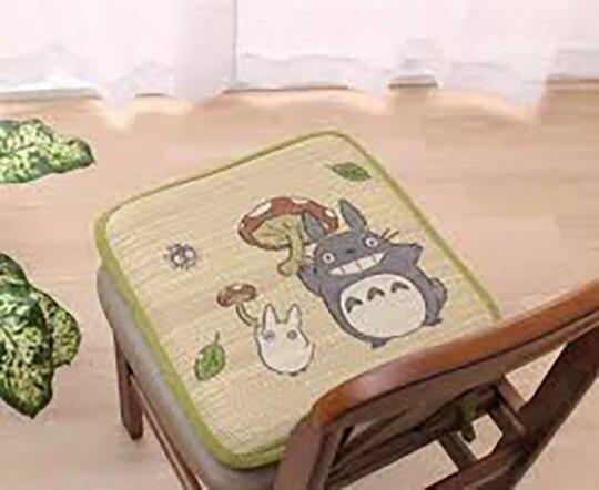小禮堂 宮崎駿 龍貓 日製 方形草蓆坐墊 藤編椅墊 涼椅墊 抗菌防臭 (綠棕 陶笛)