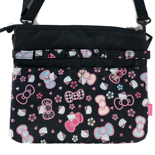 小禮堂 Hello Kitty 方形尼龍扁平斜背袋 隨身背包 尼龍斜背包 葉朗彩彩 (黑 櫻花)