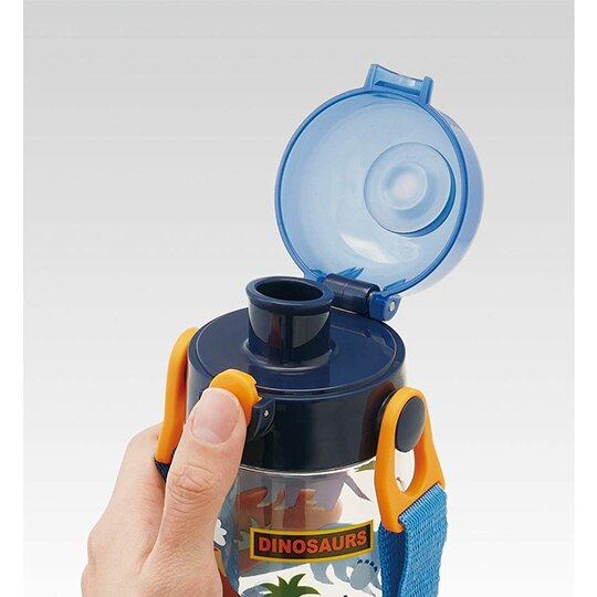 小禮堂 恐龍 透明直飲式水壺附背帶 塑膠水瓶 兒童水壺 480ml (藍 火山)