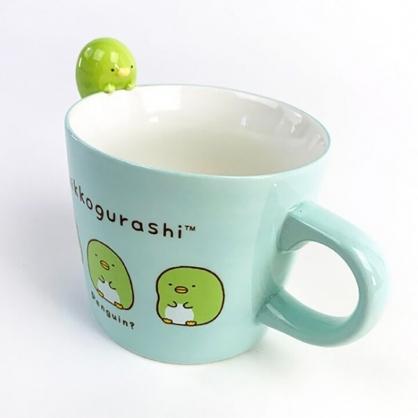 小禮堂 角落生物 企鵝 造型陶瓷馬克杯 寬口杯 咖啡杯 陶瓷杯 (綠 杯邊玩偶)