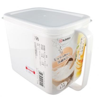 小禮堂  NAKAYA 日製 單耳方形塑膠調味盒 調味罐 香料盒 保鮮盒 1300ml (白)