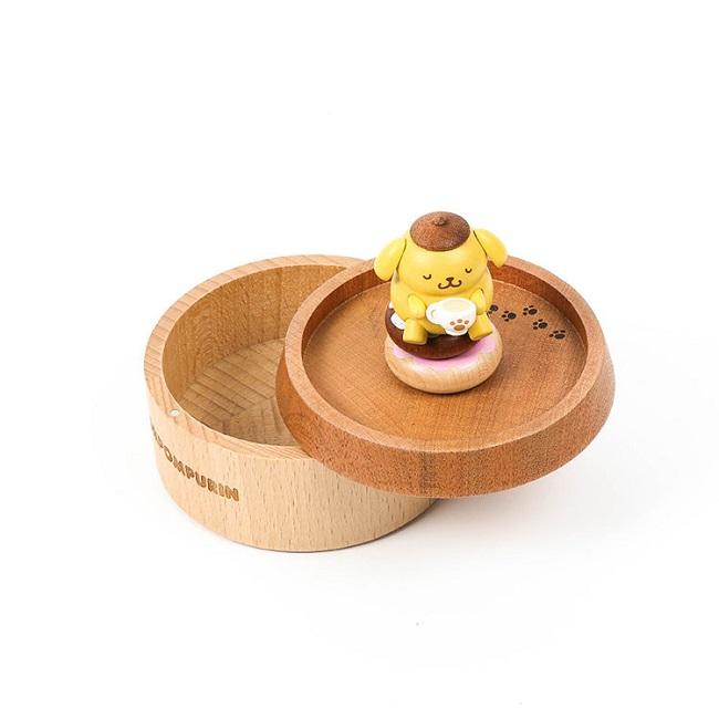 小禮堂 布丁狗 造型拿蓋木質收納盒 圓形收納盒 飾品盒 小物盒 (黃棕 喝茶)