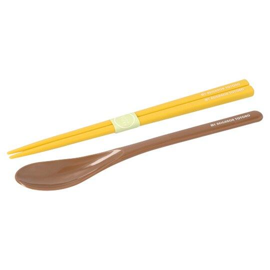 小禮堂 宮崎駿 龍貓 日製 盒裝兩件式餐具組 匙筷 塑膠餐具 環保餐具 (棕黃 花紋)