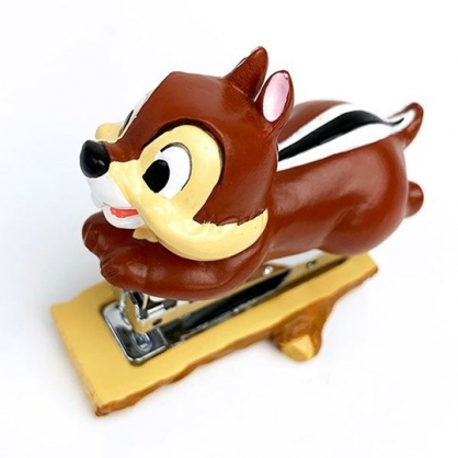 小禮堂 迪士尼 奇奇 造型陶瓷釘書機 隨身釘書機 裝訂機 (深棕 趴姿)