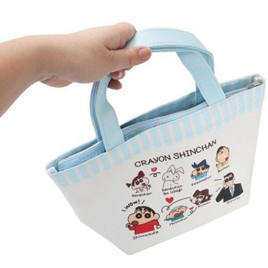 小禮堂 蠟筆小新 皮質保冷便當袋 保冷提袋 野餐袋 可拆內裡 (藍白 介紹)