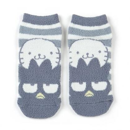 小禮堂 酷企鵝 成人絨毛短襪 保暖襪 及踝襪 船形襪 腳長23-25cm (灰白 橫紋)