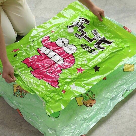 小禮堂 蠟筆小新 抽氣式真空壓縮袋組 附抽氣筒 衣物壓縮袋 棉被壓縮袋 真空袋 (8入 綠)