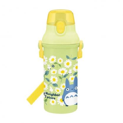 小禮堂 龍貓 日製 直飲式水壺 附背帶 塑膠水瓶 兒童水壺 隨身瓶 480ml (綠 雛菊)