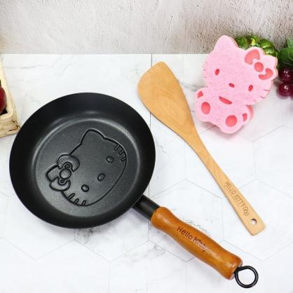 小禮堂 Hello Kitty 木頭柄造型平底鍋 附鍋鏟 鬆餅鍋 不沾鍋 煎鍋 (黑棕)