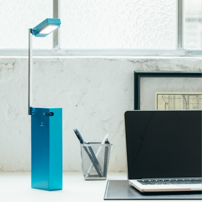 LED方形護眼檯燈 內建鋰電池 可調整角度 USB充電 台灣安規認